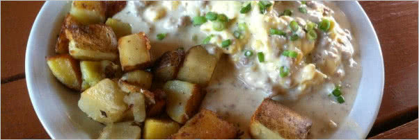 Luckys Cafe Biscuits and Gravy